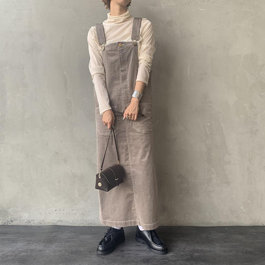 UNIVERSAL OVERALL [ユニバーサルオーバーオール] 別注コーデュロイマキシスカートです。