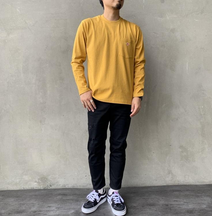 2020秋冬DANTON(ダントン)新作コットンポケットTシャツ長袖のコーディネート写真です。