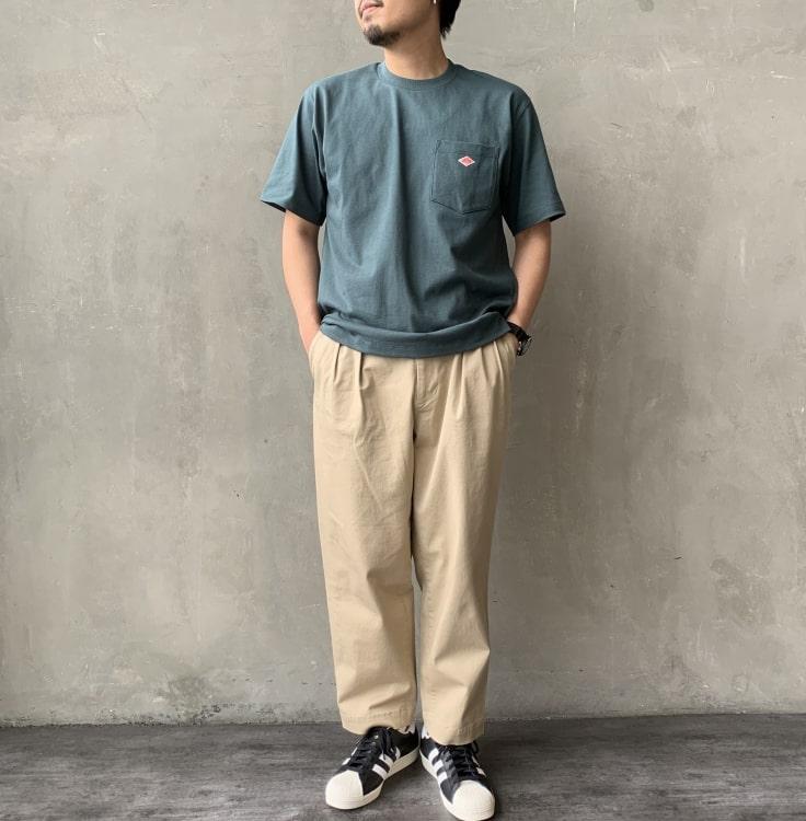2020秋冬DANTON(ダントン)新作コットンポケットTシャツ半袖のコーディネート写真です。