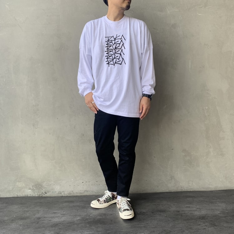 RVCA [ルーカ]のMULTI SCRIPT OVERLAY ロングスリーブ Tシャツのコーディネートです。