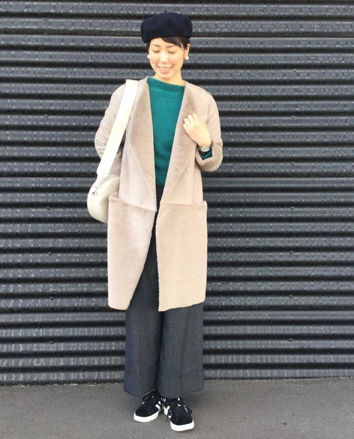 FAKE MOUTON COAT STYLE