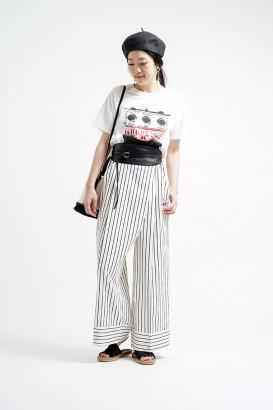 【LADY'S】 モノトーンがカギ。大人のTシャツスタイル。